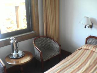 asien im fr hling kunming. Black Bedroom Furniture Sets. Home Design Ideas